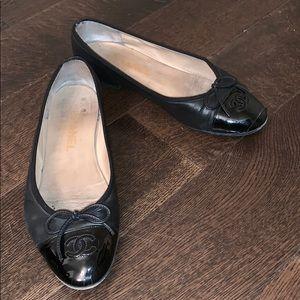 Chanel classic ballet flats